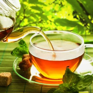 Beat-the-bloat-with-PCOS-spearmint-tea